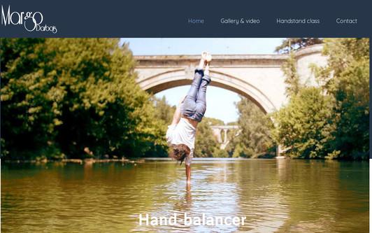 Ejemplo de sitio web Margo Darbois hand balancer